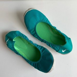 Nike Green Ballet Yoga Pilates Athleisure Flats